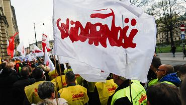 """Górnicy otrzymają wyższą """"czternastkę"""". Solidarność informuje o porozumieniu w tej sprawie"""