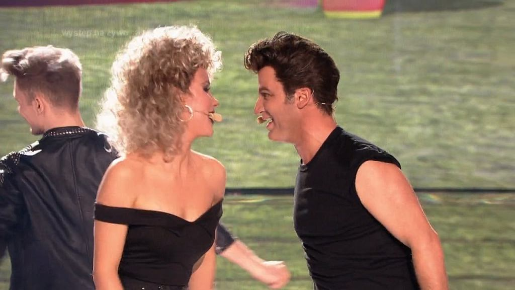 Your Face Sounds Familiar - Stefano Terrazzino & Michalina Sosna as Olivia Newton & John Travolta