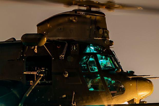 'Miejsce pracy' Englena przez wiele lat - kokpit śmigłowca MH-47