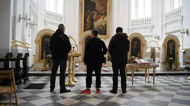 Konstantyn, Andriej i Michaił w klasztorze Bazylianów na Miodowej