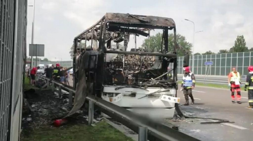 Lublin: Pożar autokaru, którym dzieci wracały z kolonii nad morzem