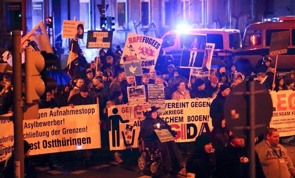 Protesty skrajnie ksenofobicznej i antyislamskiej organizacji PEGIDA