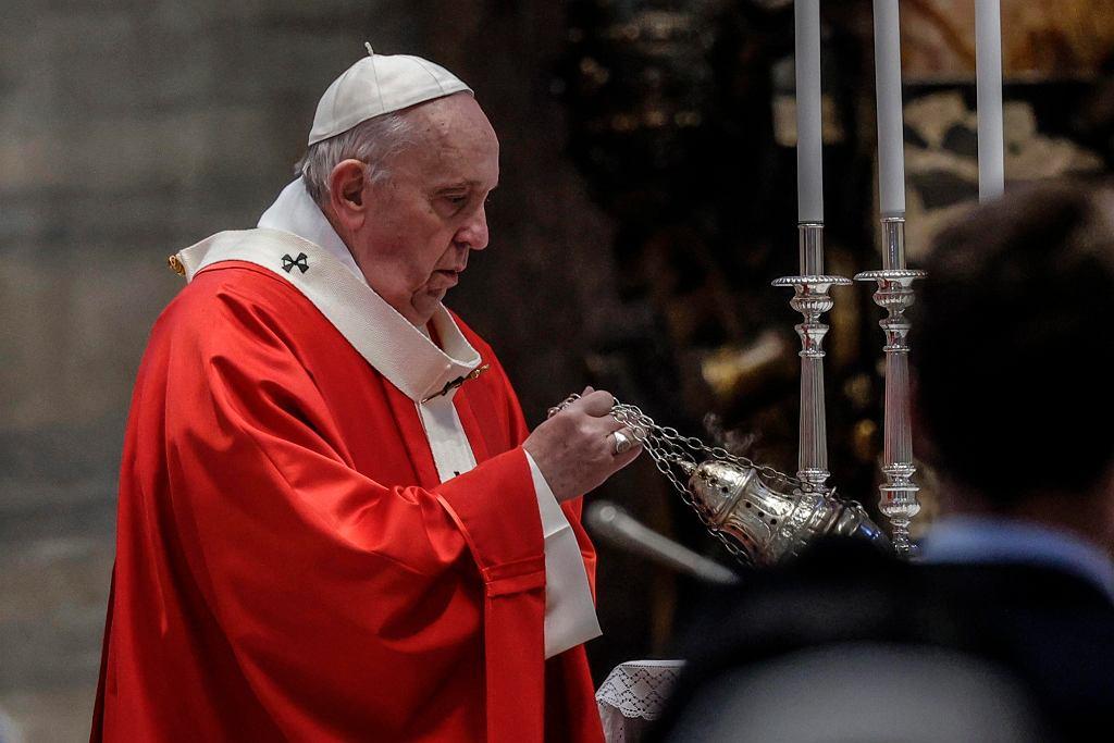 Niemcy. Papież odsunął od pełnienia obowiązków arcybiskupa Hamburga