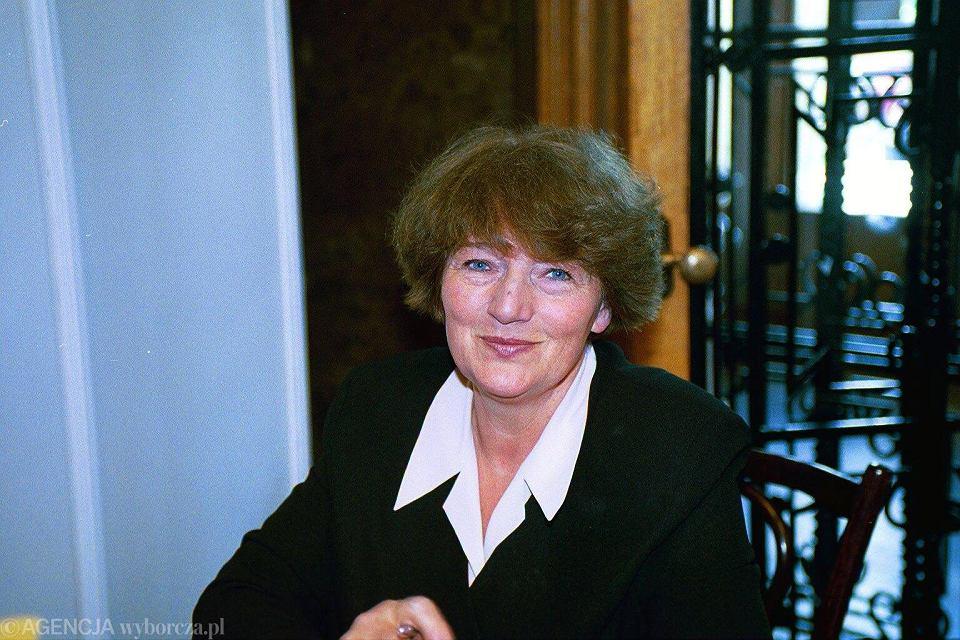 Małgorzata Musierowicz ma Targach Książki, Pałac Kultury i Nauki, Warszawa, 2001 r.