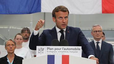 26.05.2020, Etaples, prezydent Francji Emmanuel Macron ogłasza plan ratowania francuskiego przemysłu samochodowego.
