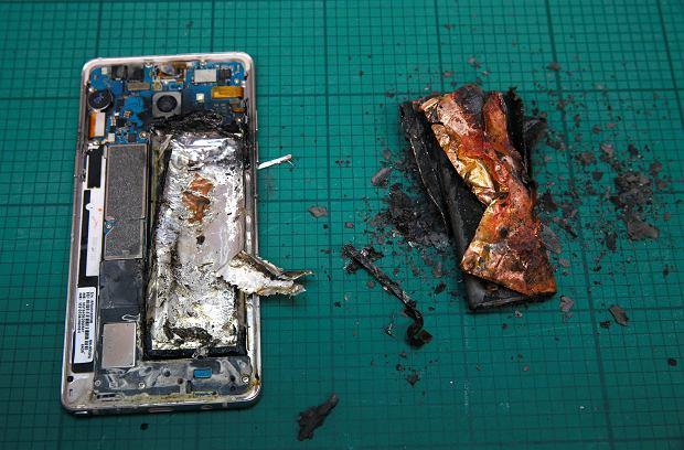 SAMSUNG ELEC-SMARTPHONES/