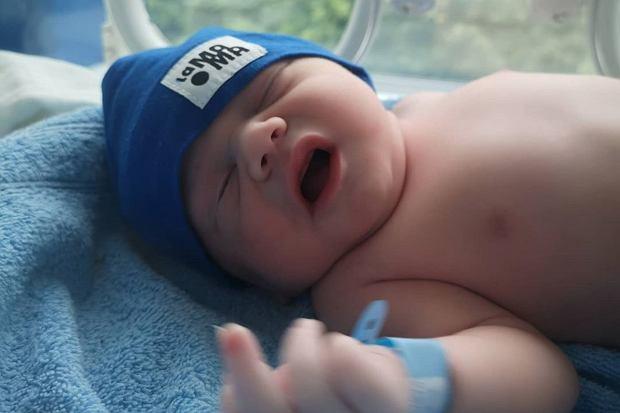 Tomasz Jakubiak ogłosił, że na świecie pojawiło się jego pierwsze dziecko. Pod postem nie zabrakło gratulacji.
