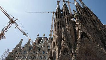 Zachwycająca Sagrada Familia co roku przyciąga miliony turystów