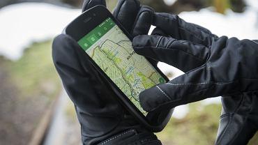 Smartfon Land Rover Explore
