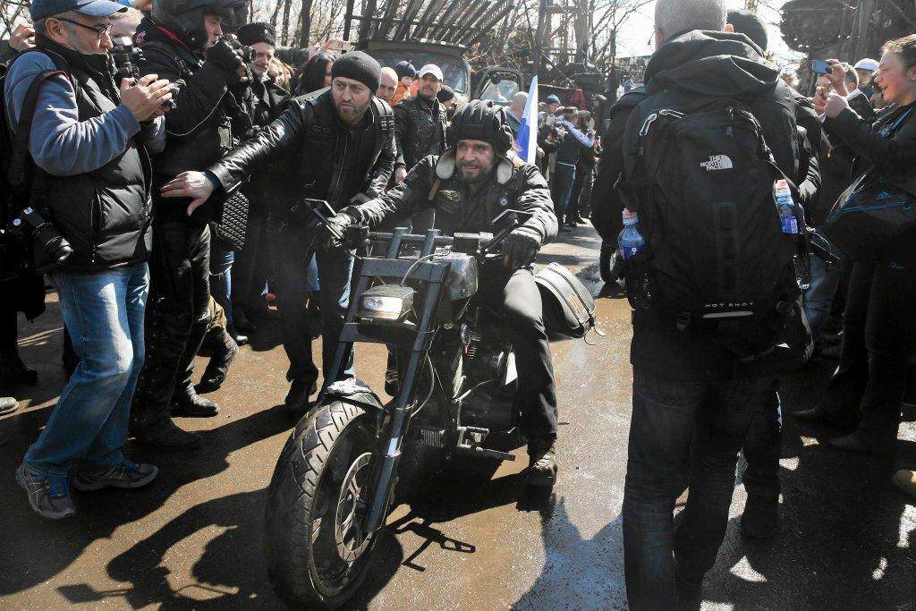 Lider Nocnych Wilków Aleksander Załdostanow z powodu zaangażowania klubu motocyklowego w konflikcie na Ukrainie znalazł się na liście osób objętych zachodnimi sankcjami