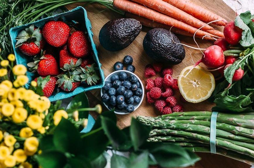 Nie wszystkie warzywa i owoce należy przechowywać w lodówce