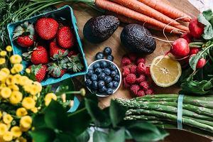 Dbasz o odpowiednią ilość warzyw i owoców w diecie? Podpowiadamy jak je przechowywać, żeby były dłużej świeże