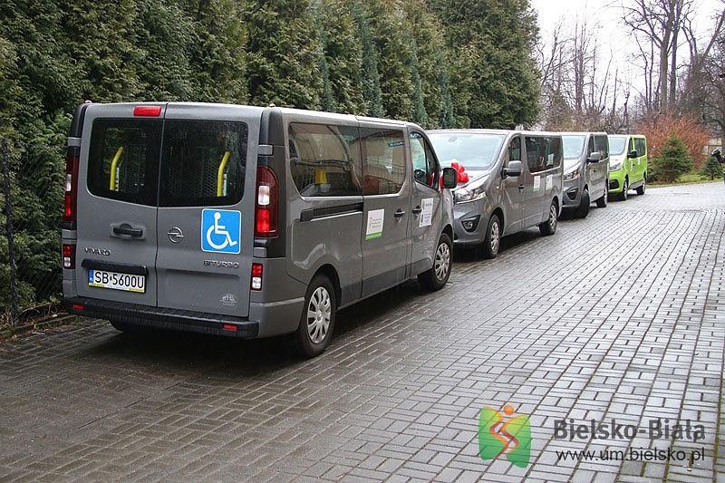 Cztery nowe busy dla niepełnosprawnych