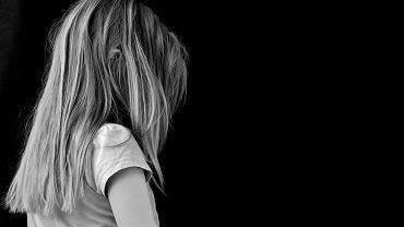 Niemcy wyjaśniają sprawy maltretowanych dzieci (zdjęcie ilustracyjne)