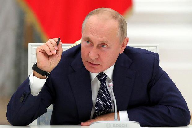 """Dokumenty FinCEN: bank ING przesyłał pieniądze do """"skarbonki Putina"""""""