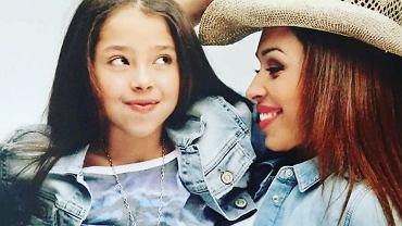 Omenaa Mensah z córką