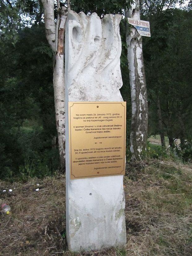 Pomnik na miejscu wypadku w obecnych Czechach