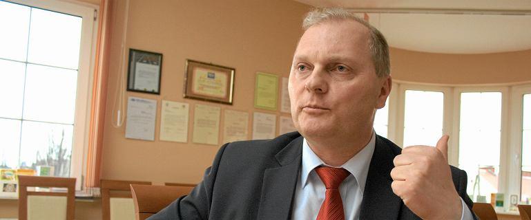 """Komentarze po odejściu Kołakowskiego z KP PiS. """"Pruje się sweter prezesa"""""""