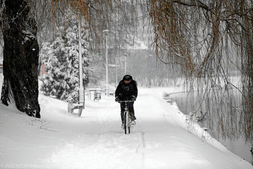 Odśnieżanie ścieżek rowerowych stoi pod znakiem zapytania
