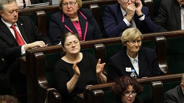 Poseł PiS Krystyna Pawłowicz reaguje na wyniki głosowania ws. przyjęcia do porządku obrad projektu nt. związków partnerskich