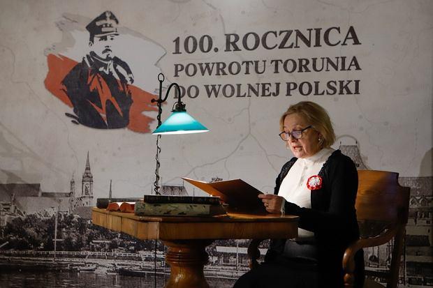 Zdjęcie numer 0 w galerii - 100-lecie powrotu Torunia do Polski. Sesja rady miasta w Ratuszu Staromiejskim [ZDJĘCIA]