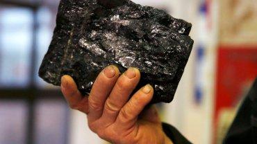 To zdjęcie z dnia zamknięcia ostatniej kopalnii w Wielkiej Brytanii. Tam już branży węglowej nie ma. W Polsce i w USA jeszcze walczy.
