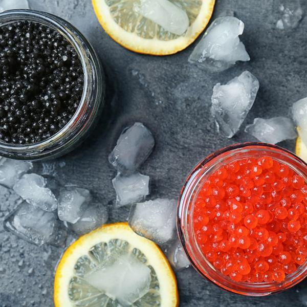Najbardziej ceniony jest kawior z trzech gatunków ryb jesiotrowatych: bielugi, siewrugi  i jesiotra rosyjskiego osietry. Czerwony kawior z ryb łososiowatych jest tym lepszy, im mniejsze ma ziarna