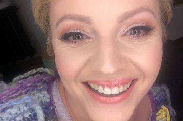 Dorota Szelągowska pochwaliła się na Instagramie zdjęciem z mamą. Fotografia przyciągnęła uwagę internautów, ponieważ obie panie pozują na niej bez grama makijażu.