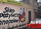 """Warszawa ogranicza sprzedaż alkoholu. Co na to sprzedawcy? """"Brak koncesji? Niech oddadzą mi pieniądze"""""""