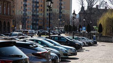 Inkasenci nie pobierają opłat na tzw. parkingach wewnętrznych w Bielsku-Białej