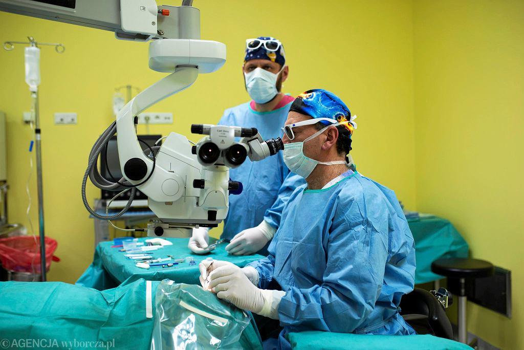 NFZ ogranicza operacje. 'Zabiegów ratujących życie nie możemy odwoływać' (zdjęcie ilustracyjne)
