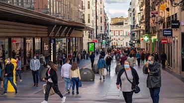 Od 1 lipca w Hiszpanii honorowane będą paszporty covidowe