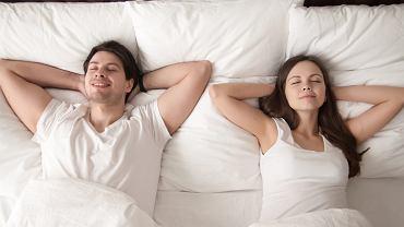 Czy orgazm wpływa na jakość snu?
