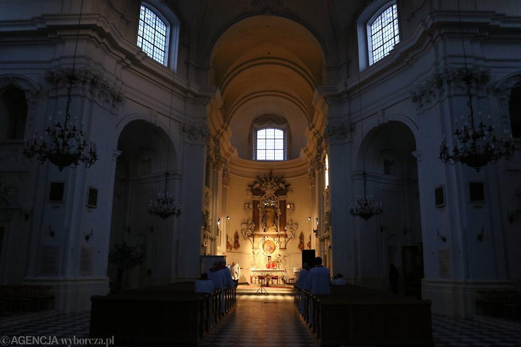 Wielka Sobota - gdzie obejrzeć transmisję liturgii? (zdjęcie ilustracyjne)