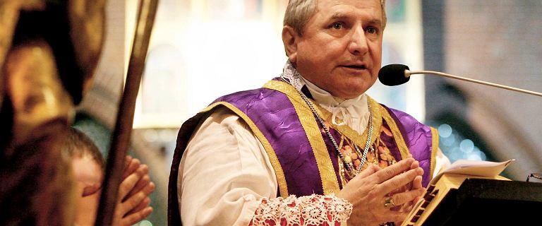 Ukarany przez Watykan biskup Janiak zniknął. Żadna kuria nie wie, gdzie jest
