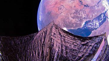 Kosmiczny żagiel zrobił piękne zdjęcia Ziemi. Czym jest projekt LightSail 2?