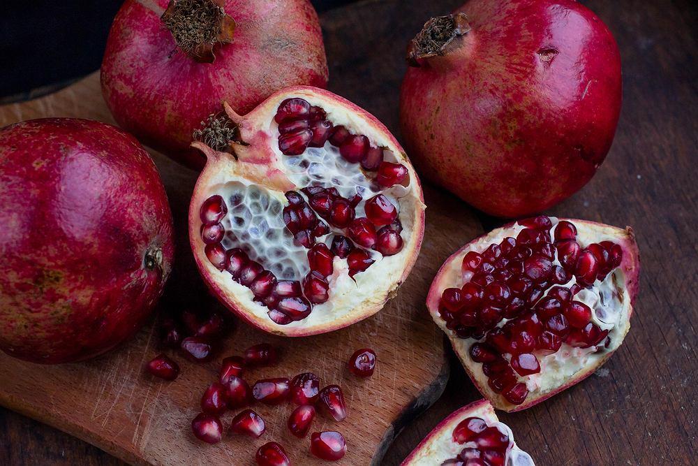 Granat - jak obrać ten egzotyczny owoc?