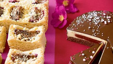 Drożdżowy placek ze śliwkami i torcik  z galaretką ze śliwek oraz musem z białej czekolady