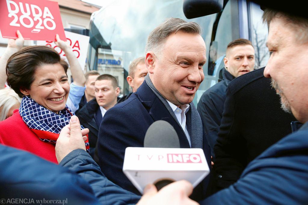 Była szefowa kampanii kandydata PiS Jolanta Turczynowicz-Kieryłło i Andrzej Duda w Łowiczu