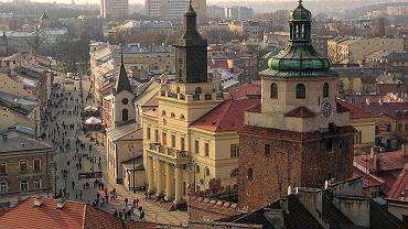 Wybory samorządowe 2018. W Lublinie pojawił się tajemniczy baner, chwalący jednego z radnych