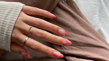manicure na lato 2021