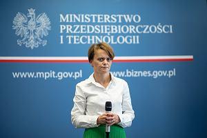 PiS będzie wyprowadzał urzędy centralne z Warszawy. Już wyznaczono 31 instytucji do przeniesienia