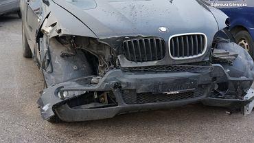 Kierowca BMW taranował samochody w Dąbrowie Górniczej