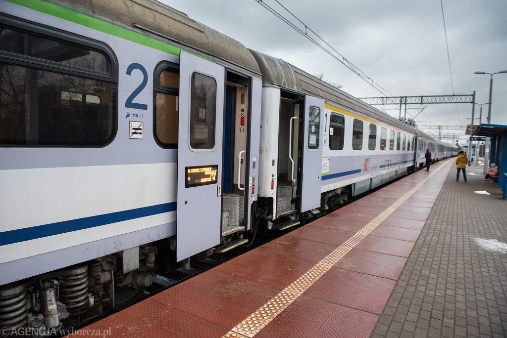 Pociąg PKP Intercity / zdjęcie ilustracyjne