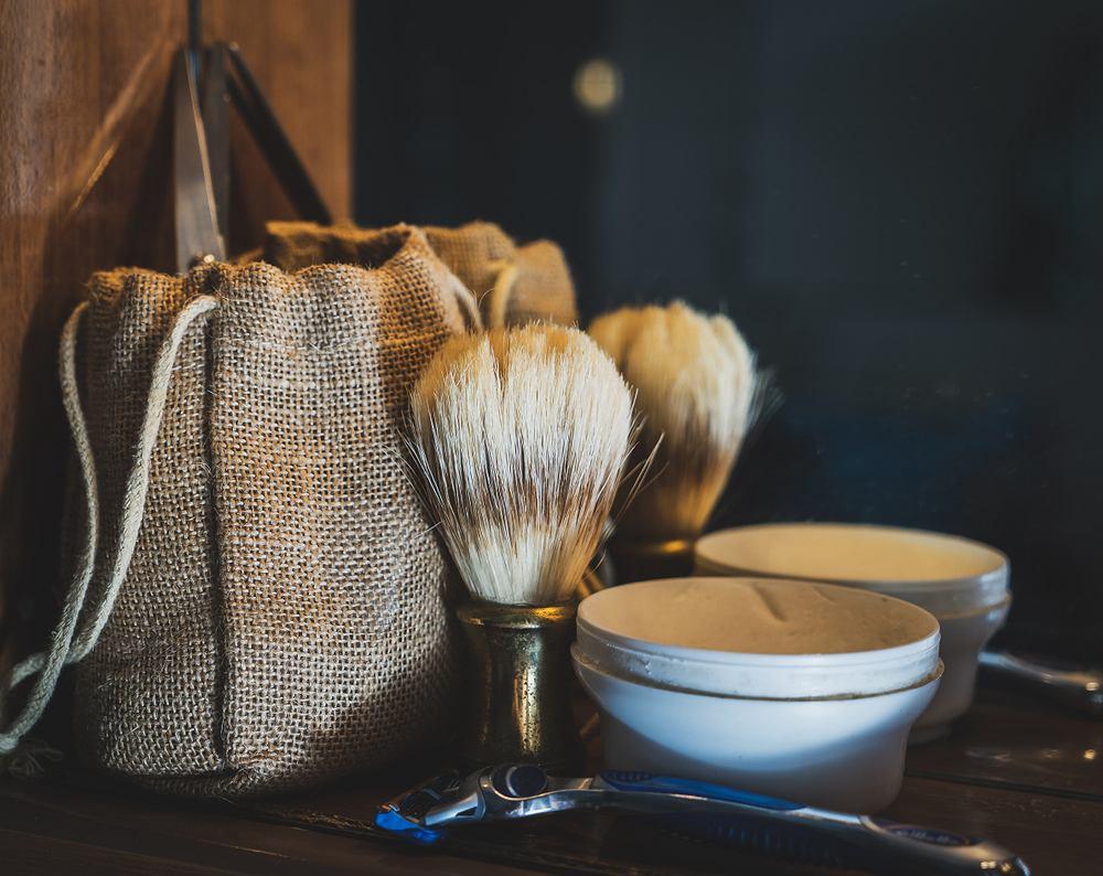 Najbardziej uniwersalnym i zawsze udanym prezentem dla panów jest zestaw do golenia