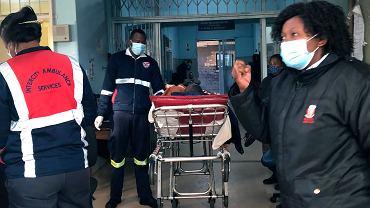 Wariant Delta. Godzina policyjna w RPA. Prezydent ogłosił najwyższy stopień ograniczeń