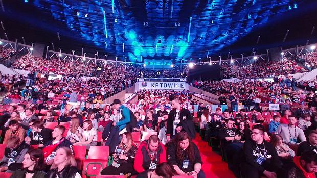 Publicznośćzgromadzona w katowickim Spodku podczas IEM 2018