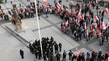 Białystok. Listopad 2018. VIII Białostocki Marsz Niepodległości organizowany przez Podlaski Instytut Rzeczpospolitej Suwerennej