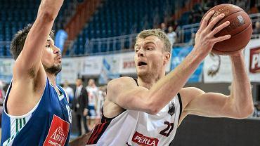 Z piłką Jarosław Trojan z TBV Startu Lublin