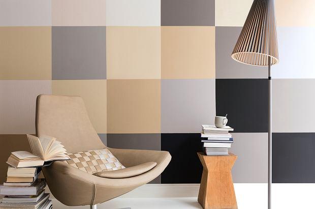 Ściana pomalowana w kwadraty